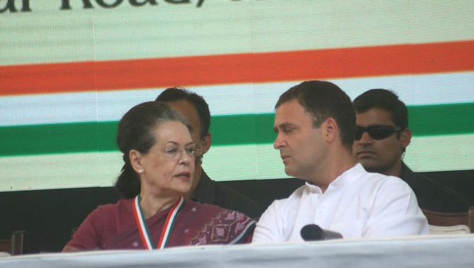 CWC Meeting Ends: 'Rahul and I Cannot Participate in Election of New Party Chief', Says Sonia Gandhi