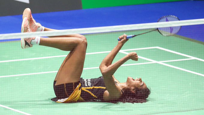PV Sindhu Scripts History at BWF World Championships 2019; Dedicates Maiden Gold Win to Mother on Her Birthday