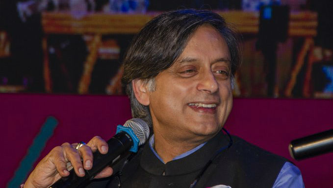 Shashi Tharoor Takes Part in #WaPoOnDeathNotices Trend, Calls Nathuram Godse an 'Eloquent Defender of Majority Rights' in Obituary