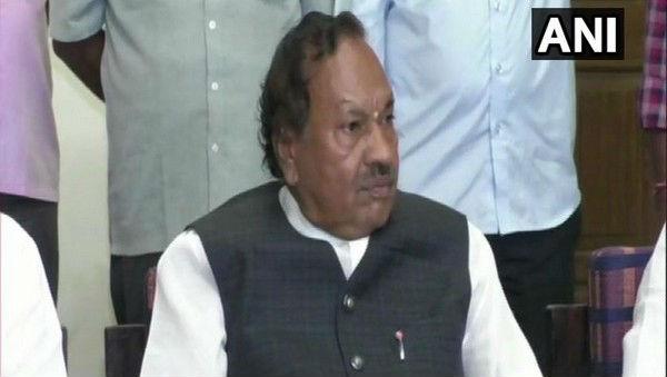 Karnataka Political Row: BJP MLA KS Eshwarappa Says 'SC Asked Speaker to Expedite Resignation Letters of Rebel MLAs, Not Suspend Them'