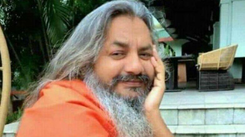 Sex Abuse Videos of Jyotigiri Maharaj Go Viral, Self-Styled Godman Flees From Ashram in Haryana