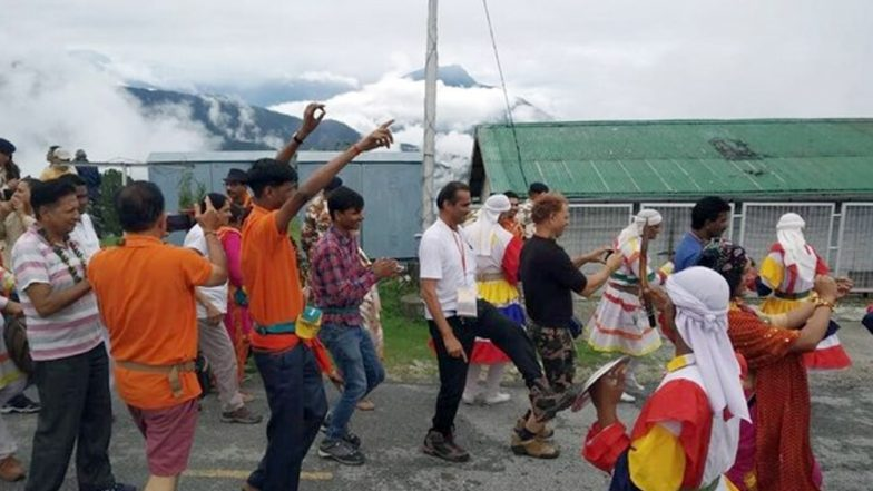 Kailash Mansarovar Yatra 2019: 12th Batch of Pilgrims Return to India via Lipulekh Pass After Completing The Annual Pilgrimage