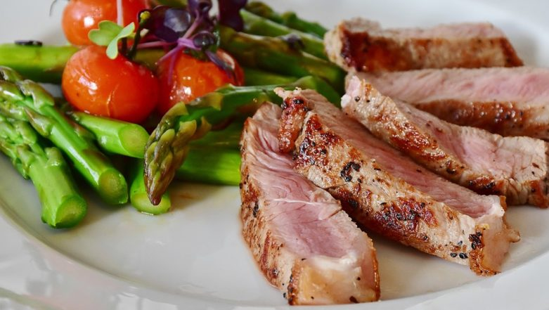 Keto Lunch Ideas: 5 Yummy Ketogenic Meals to Keep You Full and Happy!