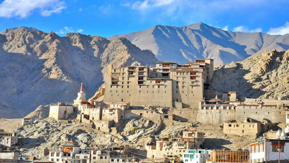 Ladakh Gets 'LA' Registration Mark For Vehicles Days After Being Carved Out of Jammu & Kashmir Into Separate UT