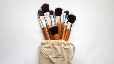 Makeup Brushes and Their Uses: 6 Essential Brushes You Should Have and How to Use Them for That Model Look