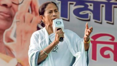 West Bengal Assembly Elections 2021: Mamata Banerjee Urges ECI To Hold Remaining Phases of Polls in the State in One Go To Protect People From COVID-19