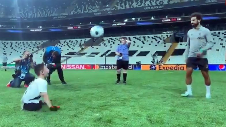 Mohamed Salah Playing With Disabled Football Fan Ahead of Liverpool vs Chelsea, UEFA Super Cup 2019 Final Match Will Warm Your Heart (Watch Video)