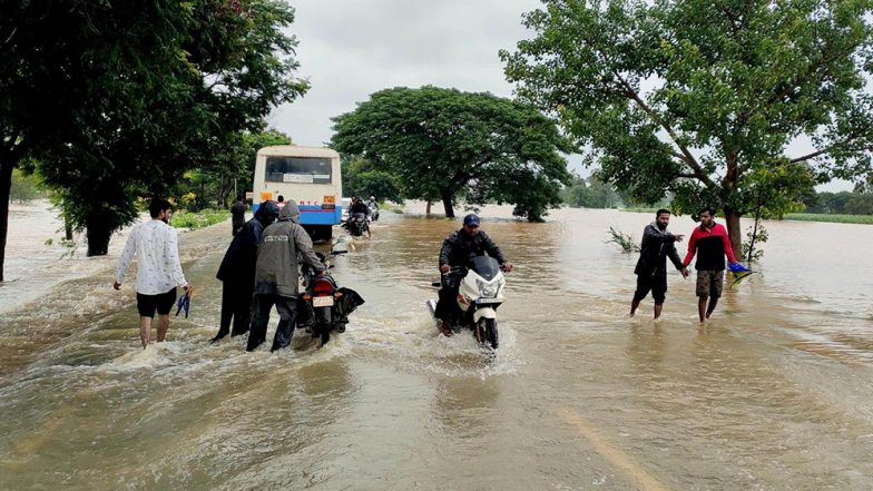 Karnataka Rains: 24 Dead, Flood Situation Remains Grim, 1024 Villages Severely Affected Due to Heavy Rainfall