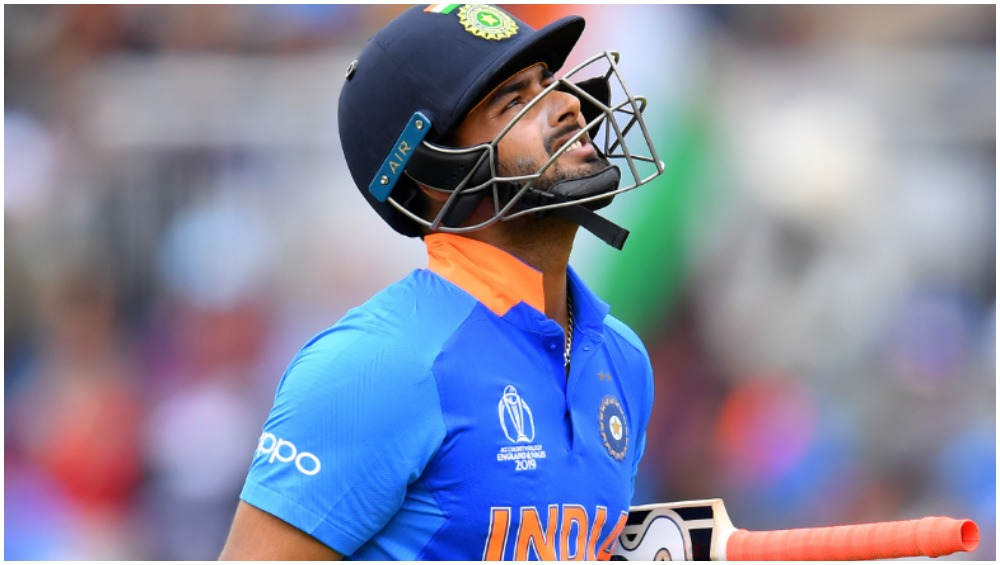 Rishabh Pant Faces The Wrath of Online Trolls After Failing to Convert a Good Start During India vs Australia 1st ODI 2020