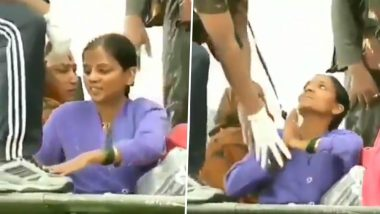 Maharashtra Floods: Viral Video of Sangli Woman Touching Feet of Soldiers Who Came to Rescue Her Is Making Twitter Teary-eyed