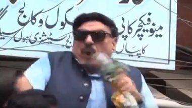 Pakistan Railway Minister Sheikh Rashid Suffers Electric Shock While Addressing 'Kashmir Hour' Rally; Watch Video