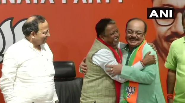TMC MLA and Former Kolkata Mayor Sovan Chatterjee Joins BJP
