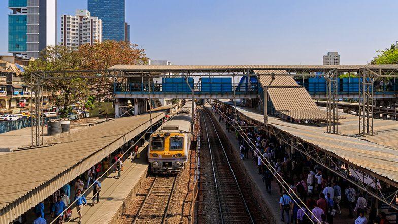 Ganpati Visarjan 2019: Western Railway to Run 8 Special Trains From Churchgate to Virar and Vice-Versa to Accommodate Excessive Rush of Devotees on Ganesha Immersion
