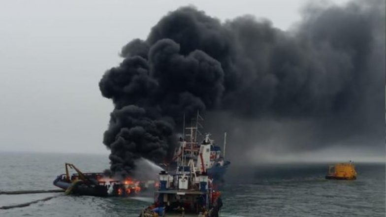 Visakhapatnam: Fire Onboard Offshore Support Vessel Coastal Jaguar, Crew Members Jump into Water, 1 Missing, Watch Video