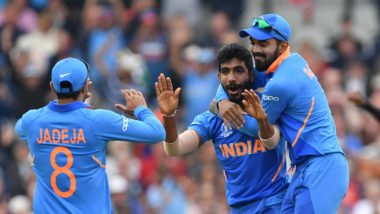 Ravindra Jadeja Enacts Jasprit Bumrah's Bowling Action While Playing Dumb Charades With Rohit Sharma (Watch Hilarious Video)