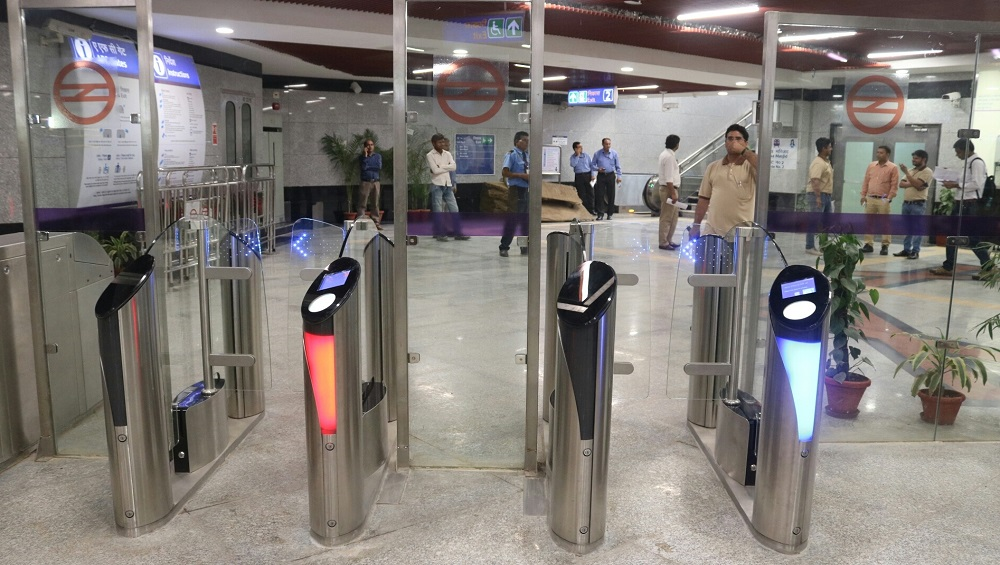 Delhi Metro Update: Trains Not to Halt at Patel Chowk And Janpath Stations as Advised by Delhi Police, Says DMRC Amid Anti-CAB Protests