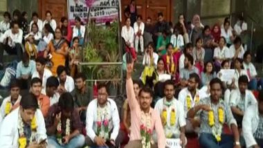 NMC Bill Row: Heavy Police Deployment Outside AIIMS, Safdarjung Hospital as Doctors Continue Protest