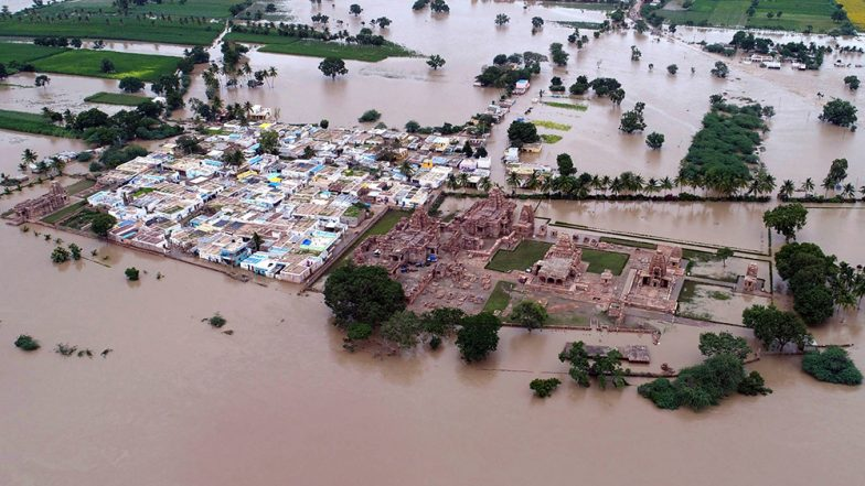 Karnataka Floods: 40 Dead, 2028 Villages Affected in 17 Districts, IMD Issues Red Alert