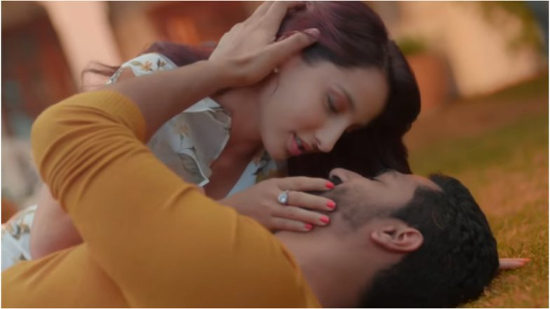 Pachtaoge Teaser: Watching Vicky Kaushal and Nora Fatehi's Romantic Video Won't Be Regretful