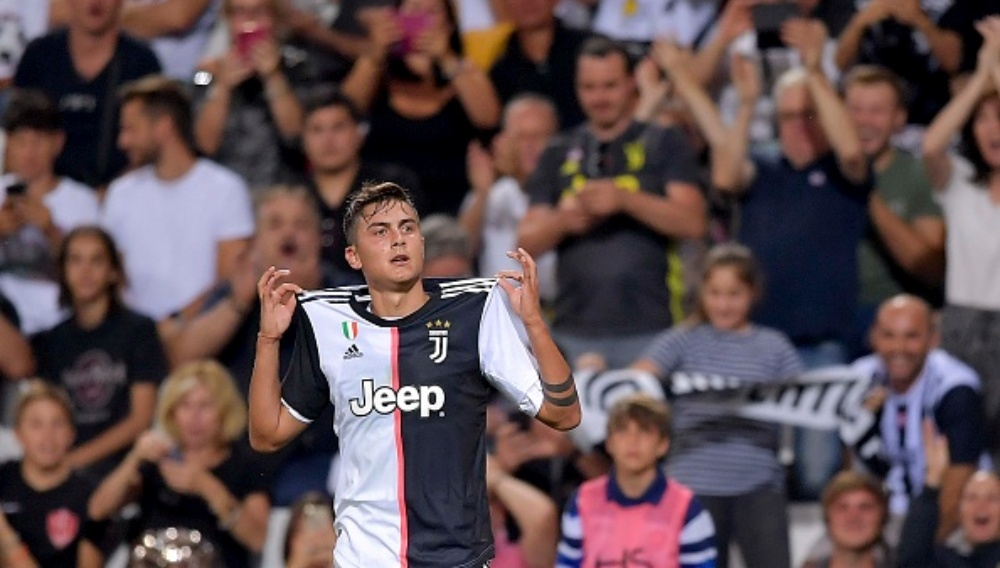 Paulo Dybala's Double Leads Juventus to a 2-1 Victory Against Lokomotiv Moscow UEFA Champions League 2019-20 (Watch Videos)