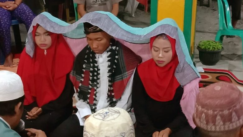 Indonesian Man Marries Both His Girlfriends Because He Didn't Want to 'Hurt' Them, Unusual Wedding Ceremony Goes Viral (See Pics & Video)