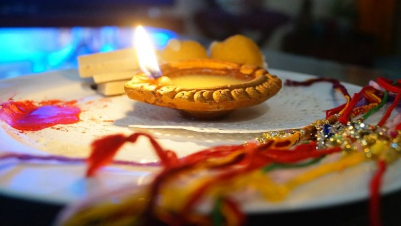 Raksha Bandhan 2019: From Aarti to Tilak, Importance and Meaning of Each Step of Tying a Rakhi Explained