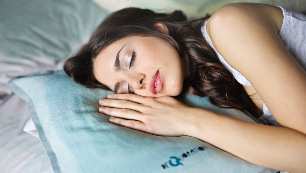 Indian Startup Wakefit Offers Rs 1 Lakh to Sleep for 9 Hours, Here's All About Everyone's 'Dream' Job