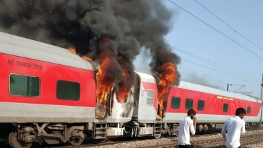 Telangana Express Catches Fire Near Asoti-Ballabgarh in Haryana, Blaze Reported in Brake Binding Area of the Train