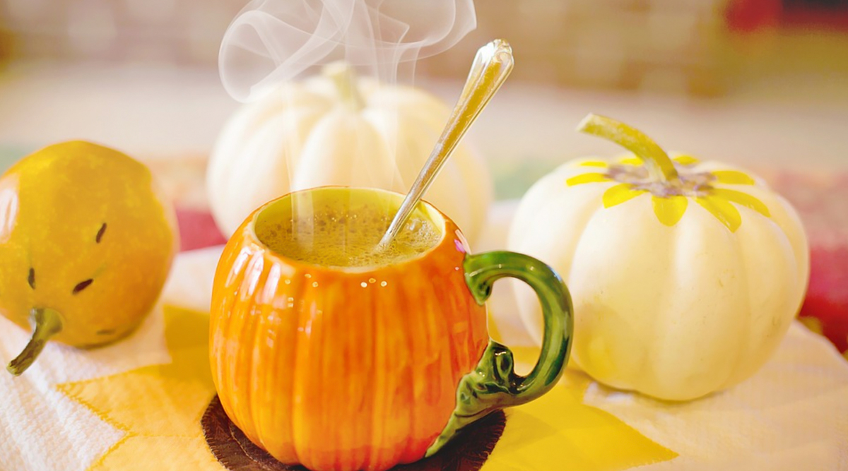 Pumpkin Spice Recipe: Whip Up Your Fall Favourite Latte With This DIY PSL Recipe (Watch Video)