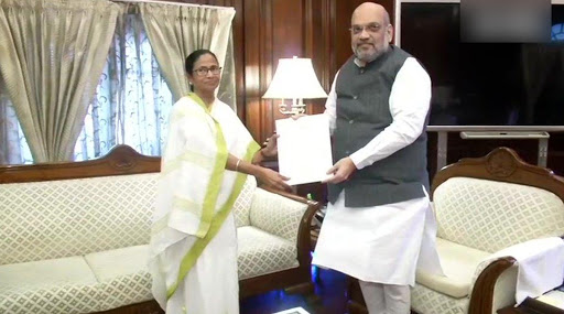 Mamata Banerjee Meets Amit Shah, Expresses Concern Over 'Wrongful' Exclusion From NRC in Assam