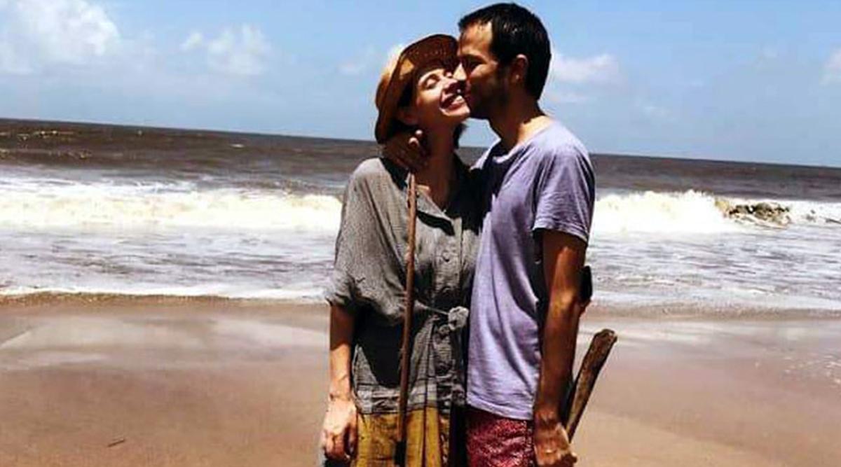 Kalki Koechlin Pregnant with Boyfriend Guy Hershberg, Planning Water Birth in Goa