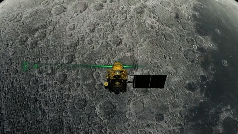 Chandrayaan 2: NASA Scientists, Trying to Locate Vikram Moon Lander, Analyse Lunar Images From Orbiter