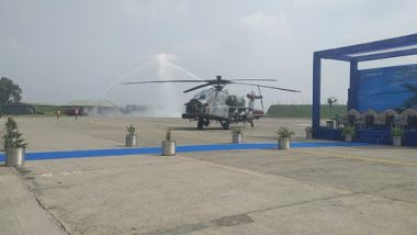 IAF Inducts 8 Apache Attack Helicopters at Pathankot Airbase, Air Chief Marshal BS Dhanoa Attends Ceremony as Chief Guest; Watch Video