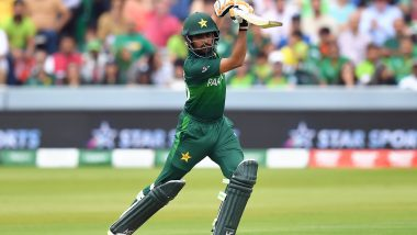 PAK 35/2 in 5 Overs (Target 142) | Pakistan vs Bangladesh Live Score 1st T20I 2020: Mustafizur Rahman Accounts for Mohammad Hafeez