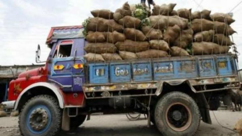 Highest Traffic Fine After Motor Vehicles Amendment Bill 2019 Passed: Truck Owner Bhagwan Ram Pays Rs 1.41 Lakh for Overloading in Delhi