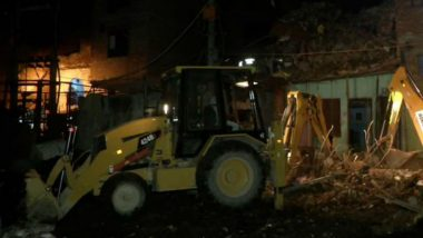 Delhi: 2 Dead After 4-Storey Building Collapses in Seelampur, Several Feared Trapped