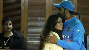 Rohit Sharma Wishes Happy Karwa Chauth 2019 to Wife Ritika Sajdeh, Thanks Her for Keeping the Fast (View Pic)