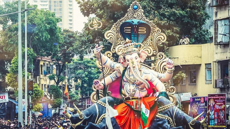 Travel Tip of the Week: How to Stay Safe While Ganpati Pandal Hopping This Ganeshotsav 2019