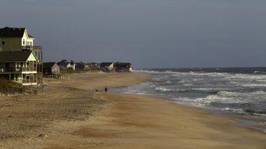 Hurricane Dorian Lashes US East Coast After Killing 20 in Bahamas