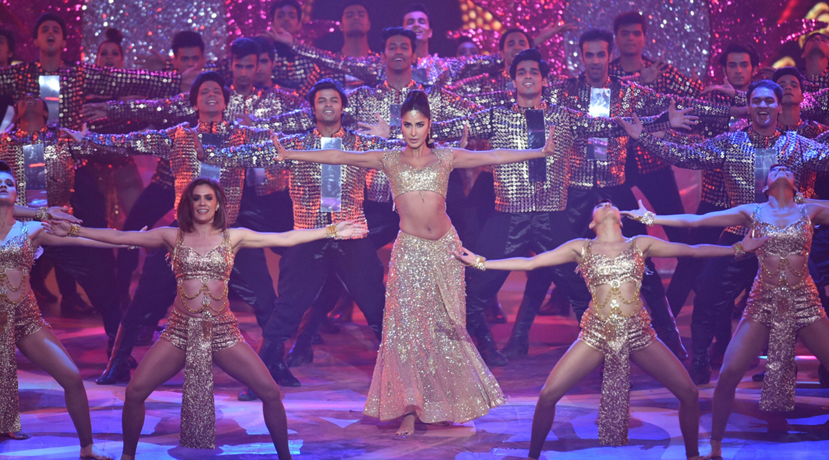 Iifa Awards 2019 When Katrina Kaif Set The Stage On Fire With Her Sizzling Dance Act -9978