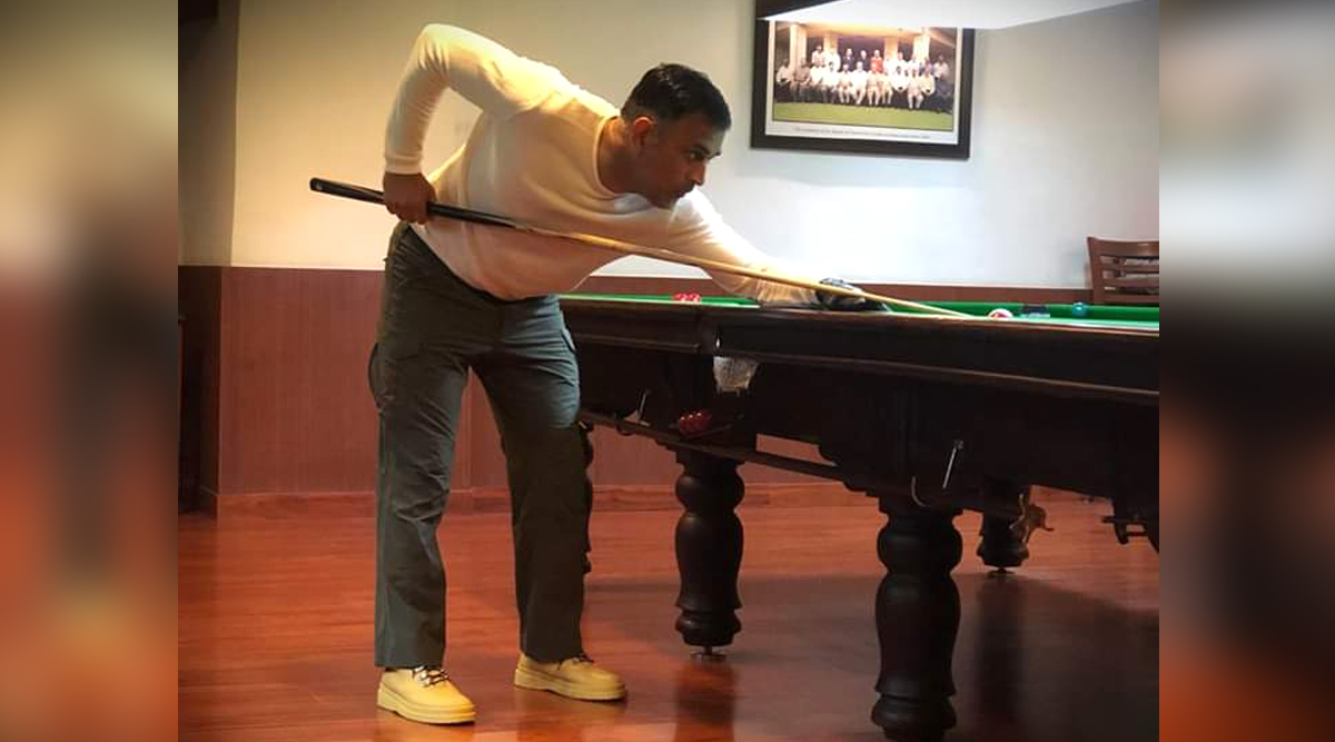 MS Dhoni Enjoys Playing Billiards at Jharkhand Cricket Stadium, See Pic