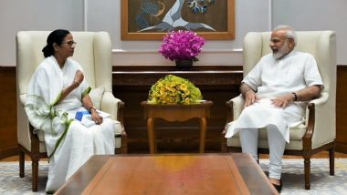 Mamata Banerjee Holds 'Non-Political' Meeting With PM Narendra Modi, Invites Him to West Bengal