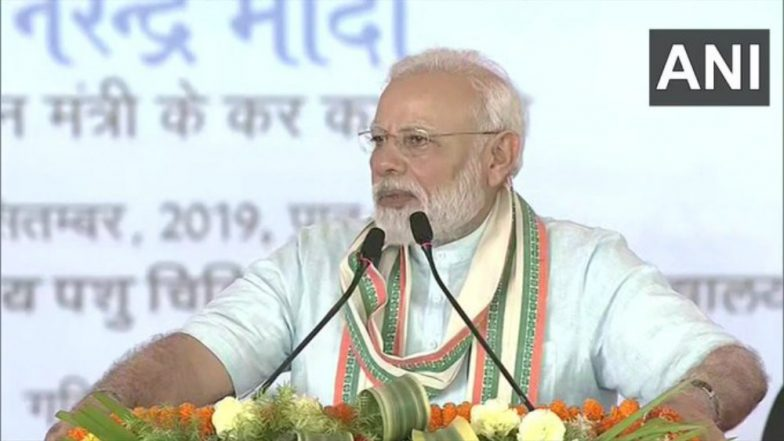 PM Narendra Modi Urges People in Mathura To Carry Eco-Friendly Bags, Says Animals Dying Because of Plastic Trash
