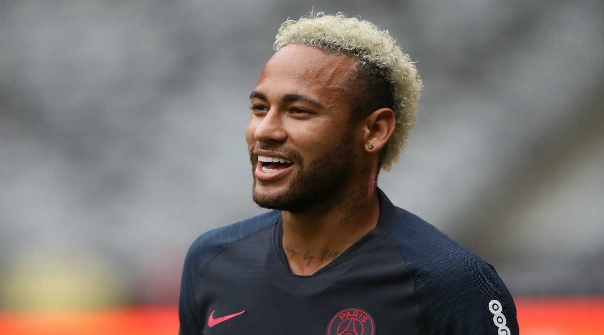 Barcelona Could Offer Antoine Griezmann to Get Neymar Back From PSG: Report