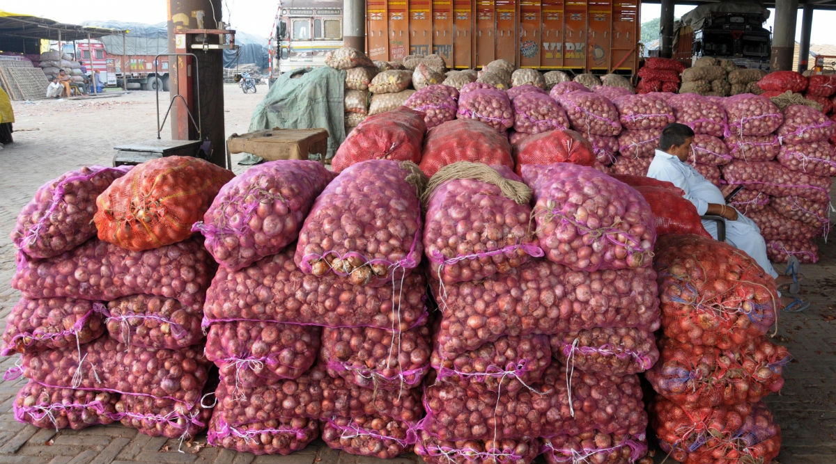 Telangana: Onion Price Touches Rs 150 Per Kg in Hyderabad