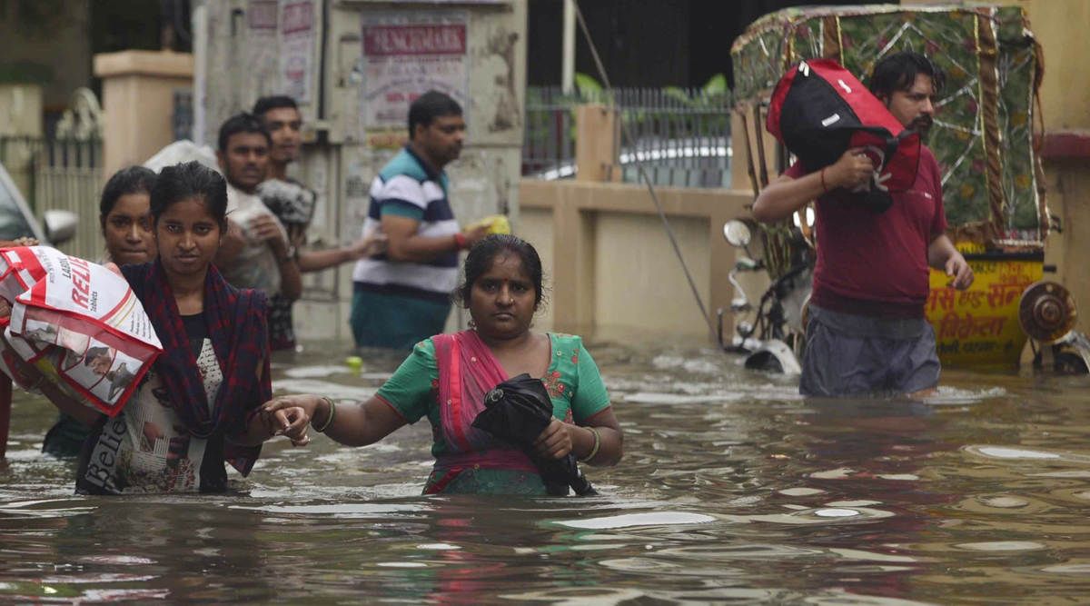 Bihar Floods: 29 Dead, Patna Worst Hit; State Govt Asks IAF for Two Helicopters to Help People in Affected Areas