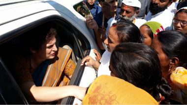 Priyanka Gandhi Hits Out at Yogi Adityanath Government After UP Police Stop Congress March in Support of Law Student Who Accused Chinmayanand of Rape