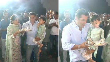 Salman Khan's Carefree Dance at Ganpati Visarjan at His Residence is Something His Fans Will Love to the Core (Watch Videos)