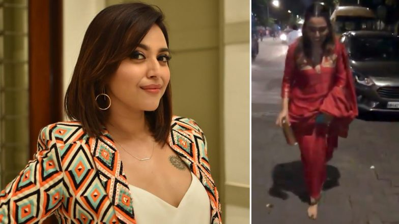 Swara Bhasker Loses Footwear on Her Way Back from Lalbaugcha Raja Ganpati Darshan (Watch Video)
