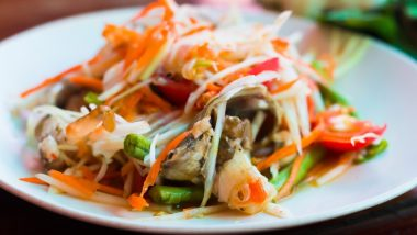 Eating Out On a Weight Loss Diet: Healthiest Foods to Order At a Thai Restaurant